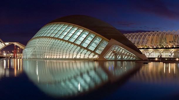 ciudad-artes-ciencias-noche-valencia