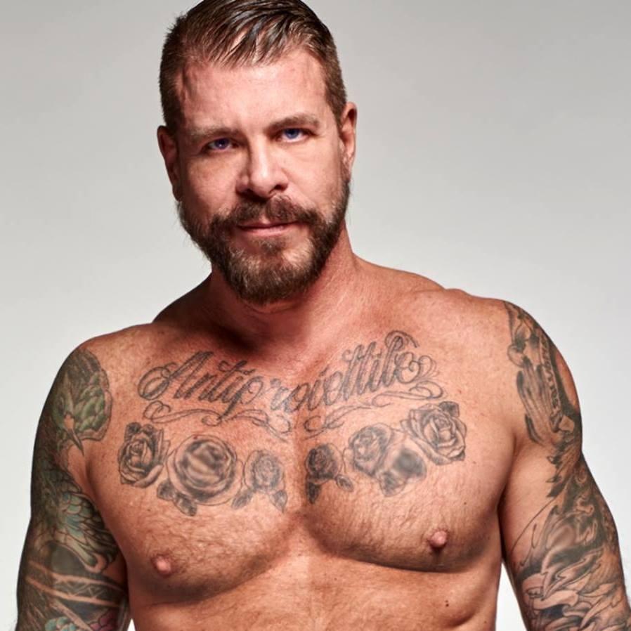 Actores Porno Gay Tatuajes rocco steele, un actor porno metido a empresario de ropa